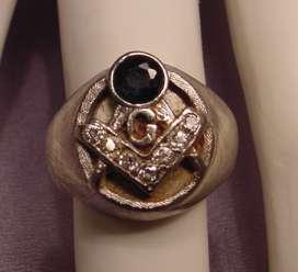 Vintage 14k White Gold Masonic Sapphire Diamonds Ring