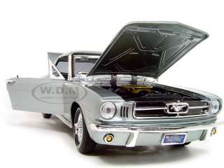 1964 1/2 FORD MUSTANG HARD TOP BLUE 1:18 DIECAST