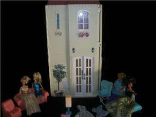 Vintage barbie Happy Family House Lot