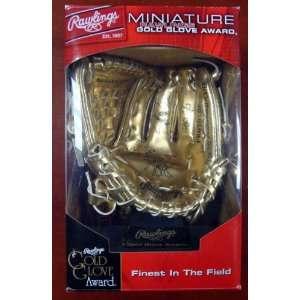 Rafael Palmeiro Autographed Rawlings Mini Gold Glove 3X GG