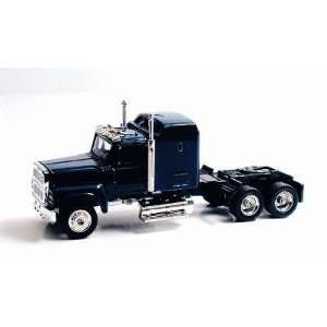 Ford 9000 Tractor Cab Blue (Die Cast) HO Scale Model Power