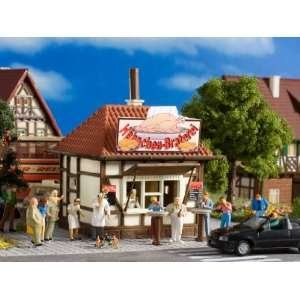 BAR KIOSK   VOLLMER HO SCALE MODEL TRAIN BUILDINGS 5139: Toys & Games