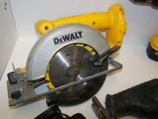 DEWALT 18 Volt Cordless Tool Set Combo Drill Driver Circular Saw