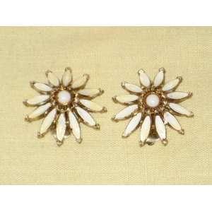 Cream Enamel & Gold Tone   1 Inch Flower Chip On Earrings   Signed HAR