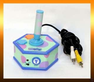 2004 Blues Clues BLUES ROOM Plug n Play TV Game