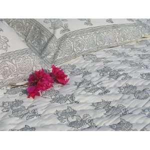 Tilonia Home Queen Quilt   Black & White Floral