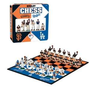 Los Angeles Dodgers vs San Francisco Giants Chess Set