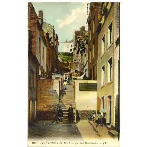 Postcard La Rue Machicoulis Boulogne Sur Mer France: Everything Else