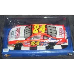 Jeff Gordon #24 Dupon 200 Years 124 scale 2001 Winners Circle