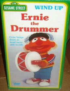 Illco 1989 Sesame Street Wind up Ernie the drummer wbox
