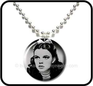 WIZARD of OZ* Judy Garland Dorothy Kitsch NECKLACE