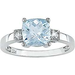 10k Gold Sky Blue Topaz and Diamond Ring