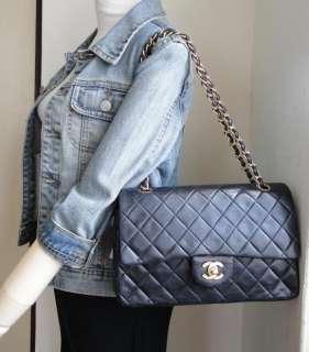 Auth Chanel black quilted lamb classic flap 2.55 handbag shoulder bag