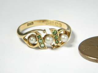 ENGLISH 18K GOLD GREEN DEMANTOID GARNET PEARL RING c1909