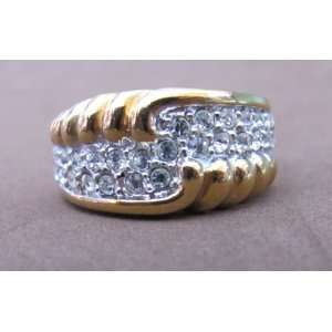 Ladies Fashion RING Size 8 Gold Plated Band w 2 Rows of