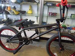 UNITED RECRUIT RN2 FLAT BLACK/RED 2012 BMX BIKE  WITH FREE CABLE COMBO