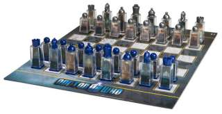 ThinkGeek :: Doctor Who Lenticular Animated Chess Set
