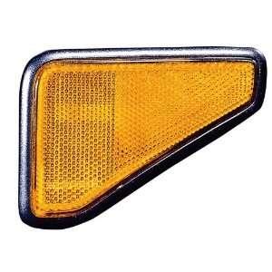 03 Honda Element Signal Marker Light Assembly ~ Right (Passenger Side
