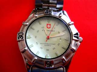 CALVIN HILL MENS WATCH GLOW IN THE DARKWHITE FACE