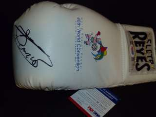 Saul Canelo Alvarez Signed Boxing Glove PSA/DNA WBC CANCUN Exclusive